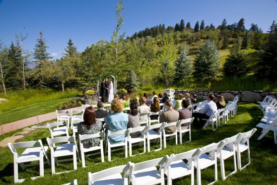 Avon, CO: Beautiful Park Hyatt Beaver Creek Wedding