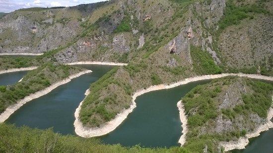 Nova Varos, Serbien: uva river canyon