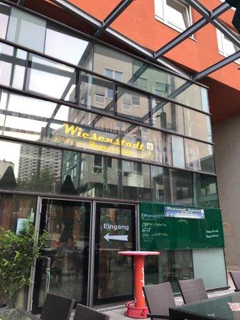 Gerasdorf bei Wien, Austria: Zünftige Schnitzel Variationen
