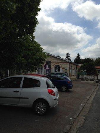 Saintes, France: Entrance