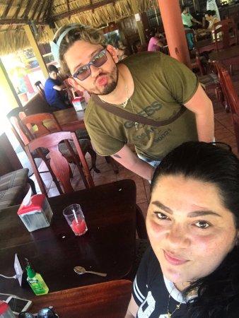 Rivas, นิการากัว: sister and i