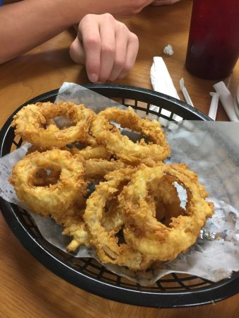 Gonzales, TX: Steak, chicken fried steak, steak fingers, & onion rings