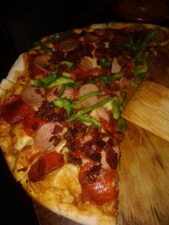 Emilio's Pizza: Pizza
