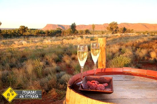 Leve espumante! Sunset Viewpoint, dentro do Kings Canyon Resort