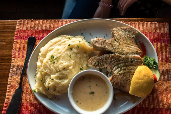 Kucki's Pub: Thunfischsteak mit Kartoffelpüree