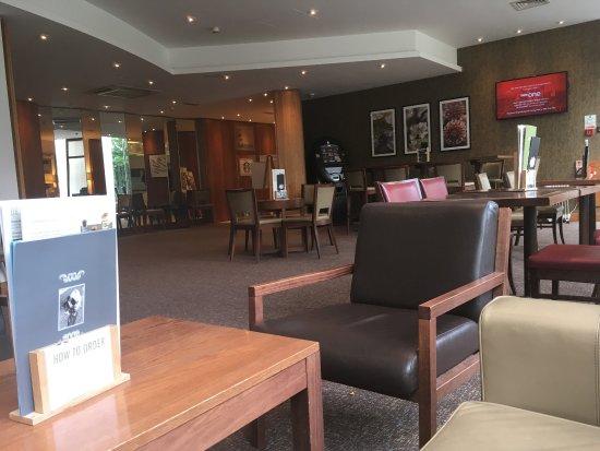 Holiday Inn London-Shepperton: photo0.jpg