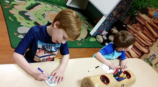 Great Wolf Lodge: Arts & Crafts Cub Club room