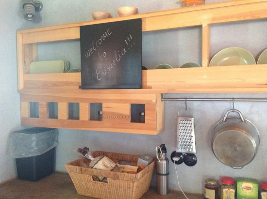 Eumelia Organic Agrotourism Farm & Guesthouse: Cottage kitchen