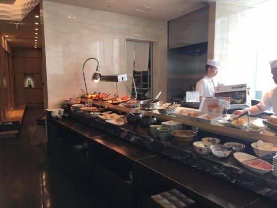 Hotel Ryumeikan Tokyo: 食物多不勝數