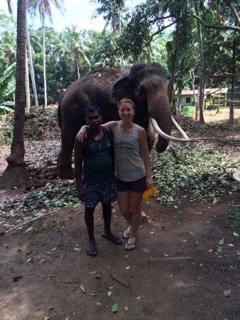 Kegalle, Sri Lanka: Kavari the elephant and his mahout