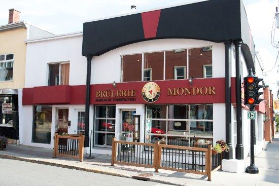 Saint Hyacinthe, Канада: Façade de la Brûlerie Mondor