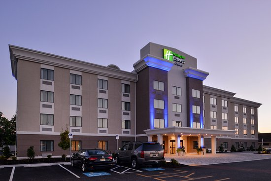 Holiday Inn Express and Suites West Ocean City