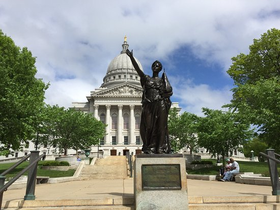 Wisconsin State Capitol: photo4.jpg