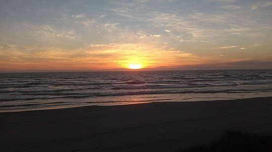 Rockaway Beach, OR: Sunset from our room