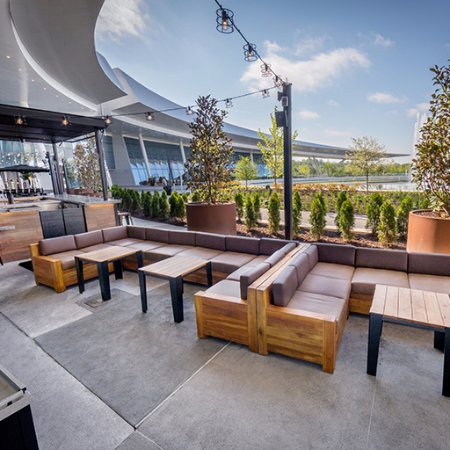 Oxon Hill, MD: TAP Patio