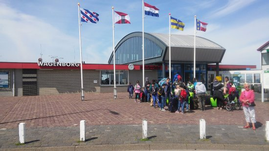 Wagenborgen, Ολλανδία: De Passagiersterminal van Wagenborgs Passagiersdiensten,Holwerd