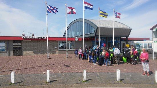 Wagenborgen, Holandia: De Passagiersterminal van Wagenborgs Passagiersdiensten,Holwerd
