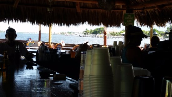 Lantana, FL: The outside bar area