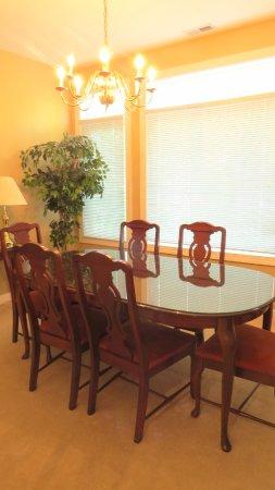 Southern Pines, Carolina del Norte: condo Dining Room