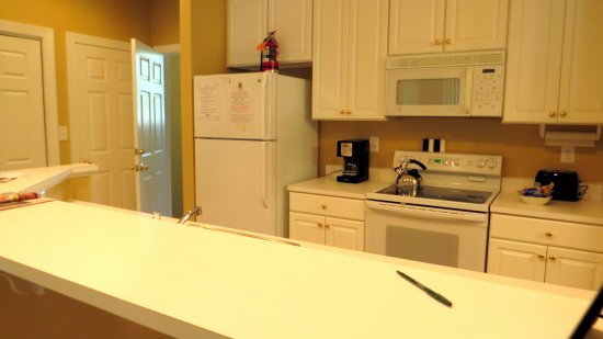 Southern Pines, North Carolina: condo Kitchen