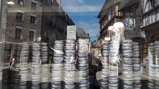 Динан, Франция: 20170523_122718_large.jpg