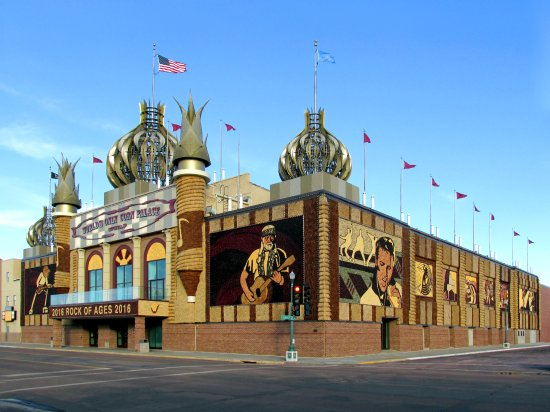 Mitchell, SD: The World's Only Corn Palace
