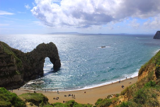 West Lulworth, UK: Must see place if you are in Dorset!, but not the only interesting part of the Jurassic Coast!