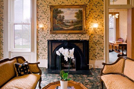 Schenck Mansion Bed & Breakfast Inn Resmi