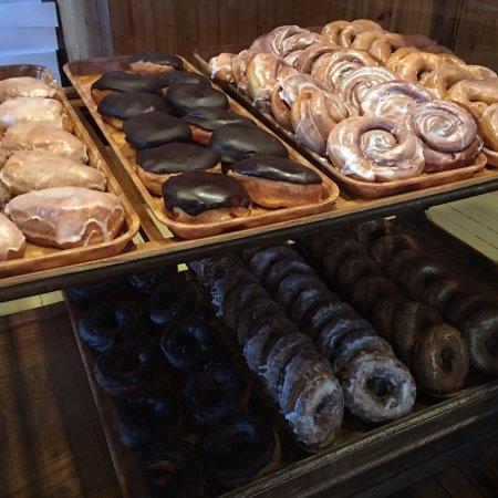Barb's Bakery: photo1.jpg