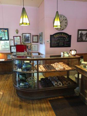 Barb's Bakery: photo3.jpg