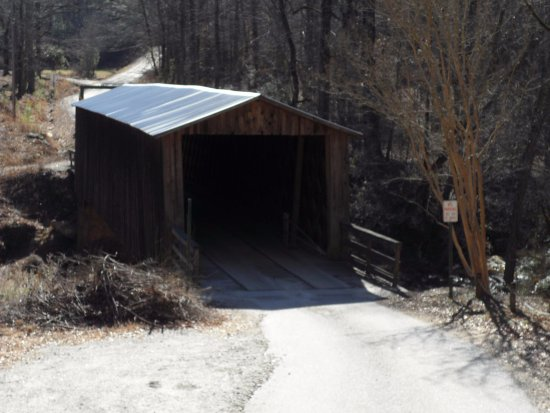 Watkinsville, GA: Elder Mill Covered Bridge
