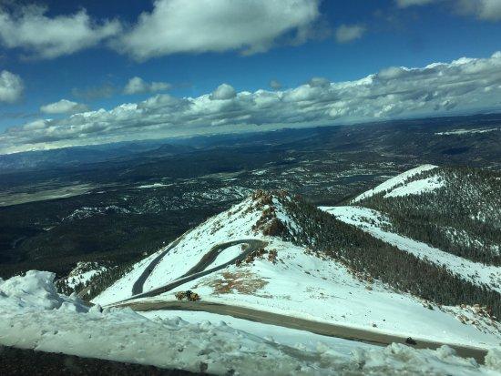 Pikes Peak: Winding road, slick in places