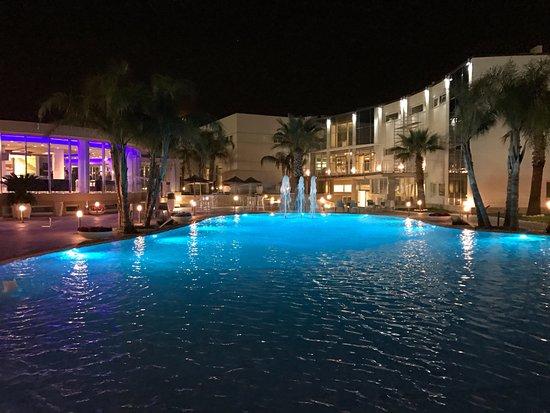 DubaiVillage