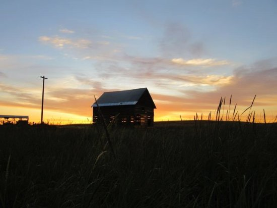 Walla Walla, WA: A view of the historic Prince's cabin at sunrise. The cabin restoration was completed in 2016.