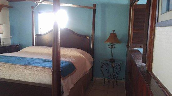 The Pelican: Sailaway suite bedroom