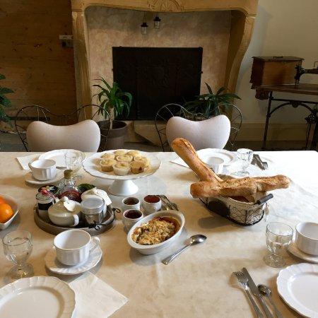 Manoir Tourieux : Heerlijk ontbijt!
