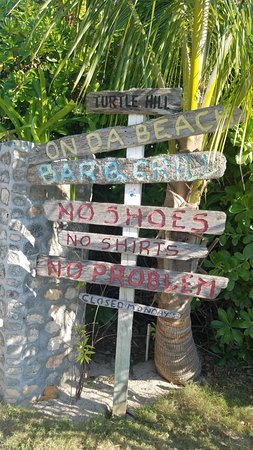 Hope Town, Elbow Cay: No shirt, no shoes, no problem