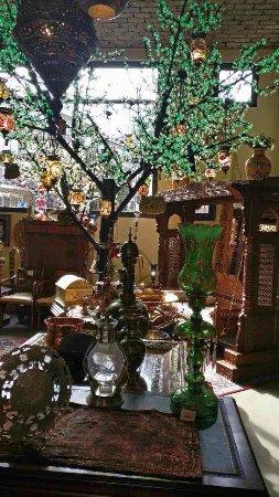 Hotel Bazar: image-0-02-04-5bd8d1ebf5af0204629a152b23f47663bba8fa1d9b9ba239a21175e5bf7d5dfa-V_large.jpg