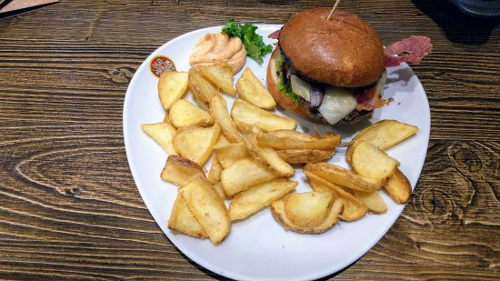Cascina, Italy: Cow Burgher: 11.40€
