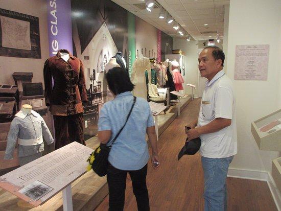 The Manassas Museum: Clothing exhibit in the hall