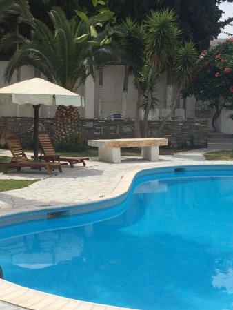 Hotel Galinos : Ξυπνούσα και εβγαίνα σε αυτή τη θέα!