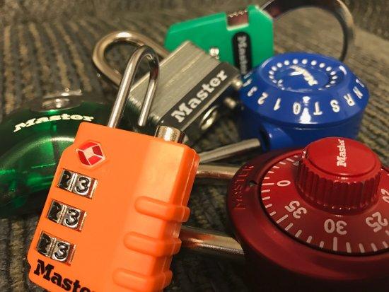 Allen Park, MI: Unlock Clues