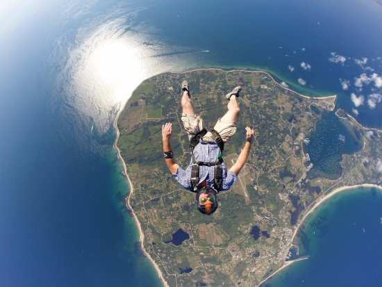 Boston Skydive Center: Skydiver over Block Island