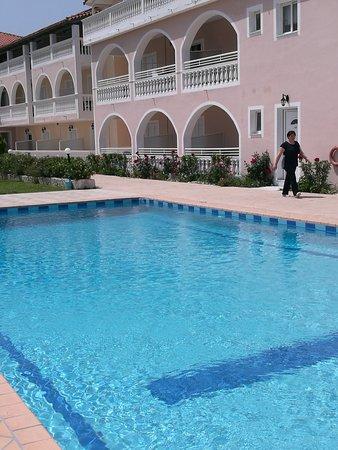 Plessas Palace Hotel: IMG_20170501_140935_large.jpg