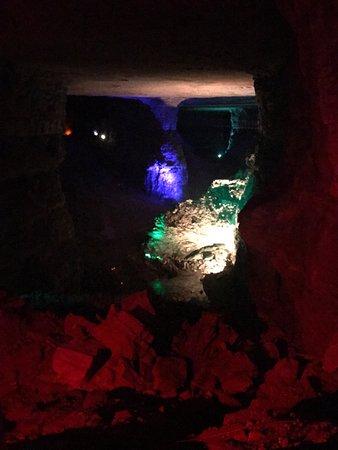 Louisville Mega Cavern: photo1.jpg