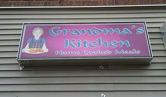Albert Lea, MN: Grandma's Kitchen sign