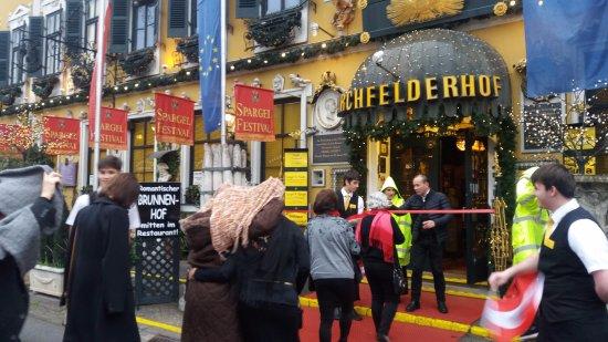 Deutsch Wagram, Österreich: fachada do restaurante