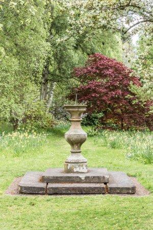 Forres, UK: Sundial in garden