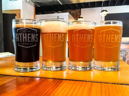 Athens, TX: Freshly poured tasters