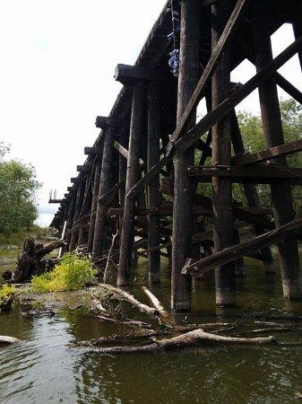 Arcadia, FL: wooden railroad bridge passing through